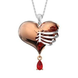 NWOT Dripping Jewel Rose Gold Heart Necklace